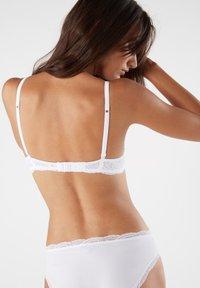 Intimissimi - SOFIA - Balconette bra - white - 2