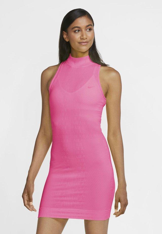 AIR  - Shift dress - pink glow