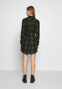 Pepe Jeans - CHELO - Shirt dress - brass - 3