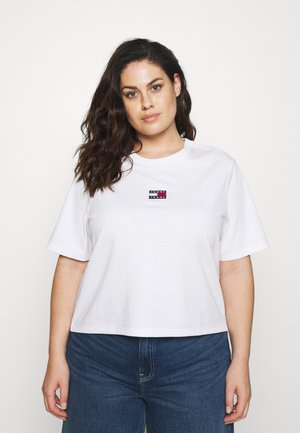 CENTER BADGE TEE - T-shirts - white