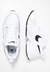 Nike Sportswear - AIR HEIGHTS - Zapatillas - white/black/platinum tint - 1