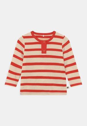 STRIPE GRANDPA UNISEX - Long sleeved top - red