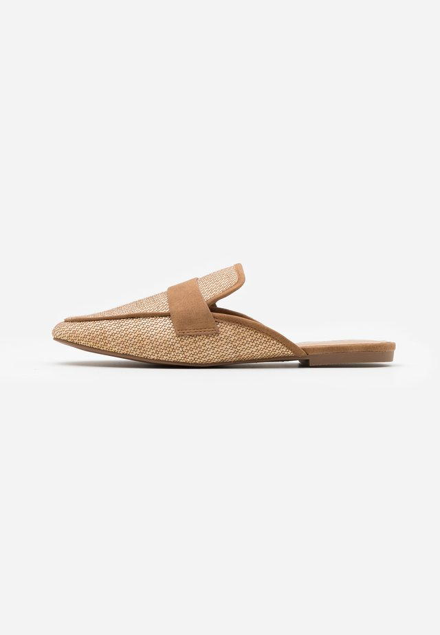 BETTY - Mules - beige