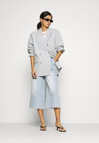 Who What Wear - CULOTTE - Relaxed fit jeans - fade into - 1