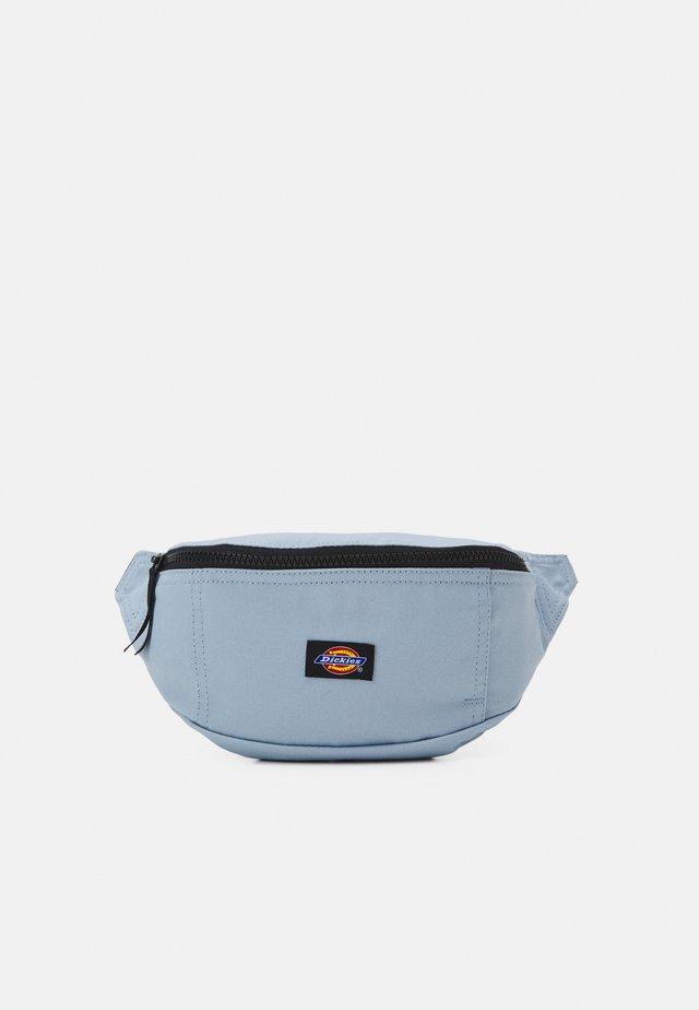BLANCHARD UNISEX - Ledvinka - fog blue