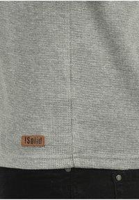 Solid - RUNDHALSSHIRT TOKATO - Long sleeved top - grey melange - 3