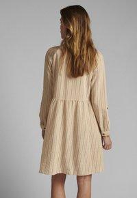 Nümph - Shirt dress - tannin - 1