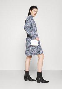 Pieces - PCSASSI DRESS - Day dress - lilac - 1