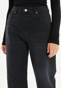 Trendyol - PARENT - Straight leg jeans - black - 3