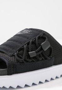 Nike Sportswear - CITY SLIDE - Muiltjes - black/anthracite/white - 2