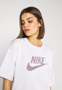 Nike Sportswear - DRESS - Vapaa-ajan mekko - platinum tint - 4