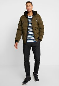 Cars Jeans - ABRAVE  - Winterjacke - army - 1