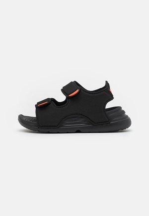 SWIM UNISEX - Sandali da bagno - core black