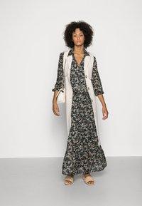 Marc O'Polo - DRESS BOHEMIAN PRINT STYLE FEMININE VOLUME GATHERINGS - Maxi dress - multi - 1