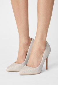 Buffalo - KIRA - High heels - white - 0