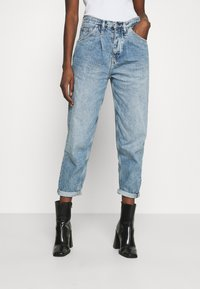 Calvin Klein Jeans - BAGGY - Relaxed fit jeans - denim light - 0
