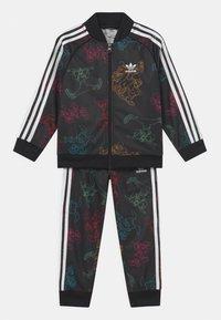 adidas Originals - DISNEY CHARACTER SET - Tuta - black/multicolor - 0