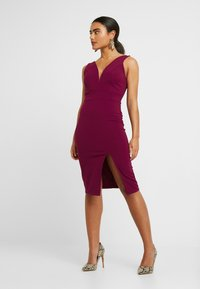 WAL G PETITE - SWEETHEARD NECKLINE SLIT DRESS - Juhlamekko - plum - 2