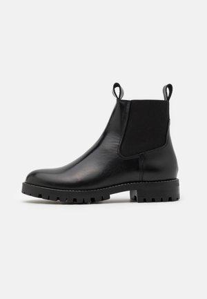 YASPOLIDO BOOTS - Støvletter - black