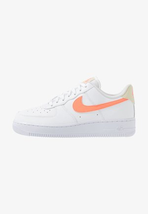 AIR FORCE 1 - Sneakers - white/atomic pink/fossil