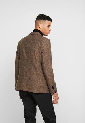 ELVINGTON - Blazer jacket - brown