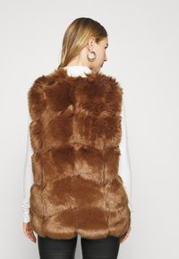 Missguided - GILET - Waistcoat - brown - 2