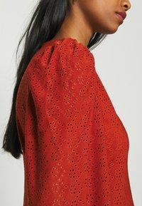 ONLY - ONLFRIDA V NECK DRESS  - Jersey dress - arabian spice - 4