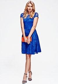 HotSquash - LACE - Cocktail dress / Party dress - royal blue - 1