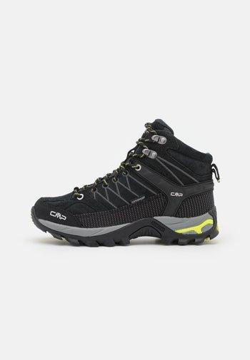 Hiking shoes - nero/lime
