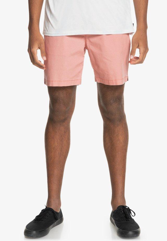 TAXER WS - Shorts - pink