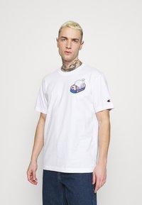 Champion Rochester - CREWNECK - T-shirt imprimé - white - 0