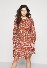 Object Petite - OBJORRIE DRESS - Vestido informal - sugar almond - 0
