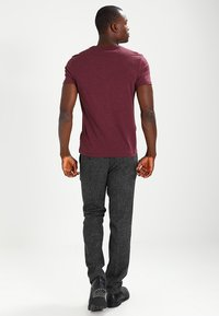 Pier One - T-shirt - bas - bordeaux - 2