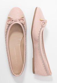 Dorothy Perkins - PIPPA SCALLOP ROUND TOE  - Ballet pumps - blush - 3