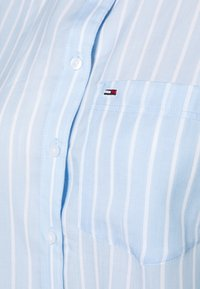 Tommy Jeans - BOLD STRIPE - Button-down blouse - white/moderate blue - 5