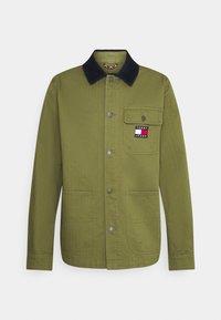 BADGE WORKER JACKET - Lehká bunda - green