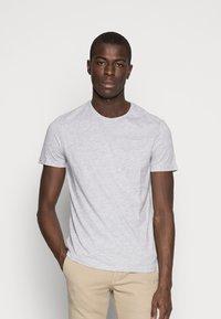 Pier One - 5 PACK - T-shirts basic - dark blue/grey/khaki - 3