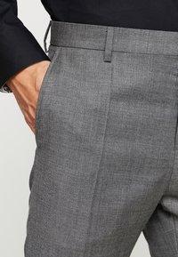 Tommy Hilfiger Tailored - SLIM FIT SUIT - Oblek - grey - 7