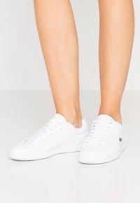 Lacoste - GRADUATE CAP - Baskets basses - white - 0