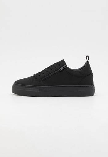 ZIPPER LACE UP IN RECYCLED PLATFORM - Trainers - black