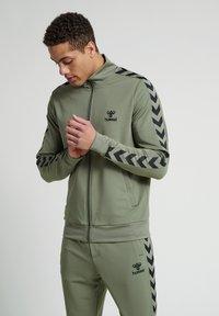 Hummel - Zip-up hoodie - vetiver - 0