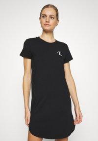 Calvin Klein Underwear - LOUNGE NIGHTSHIRT - Negligé - black - 0