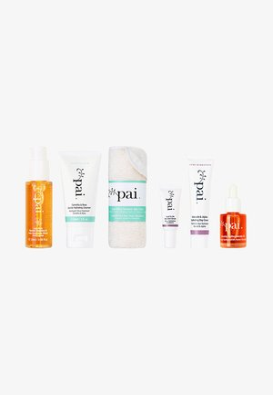 BACK TO LIFE HYDRATION HIT KIT - Skincare set - mixed