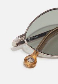 Études - DREAM UNISEX - Saulesbrilles - silver mint - 4
