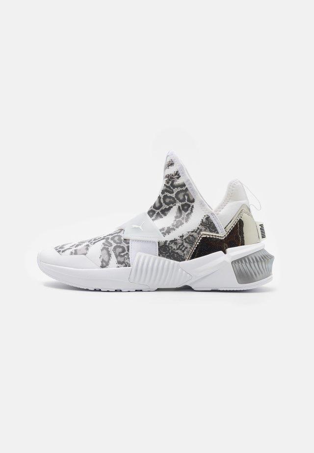 PROVOKE XT MID - Sportovní boty - white/metallic silver