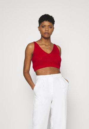 V NECK CROP - Top - red