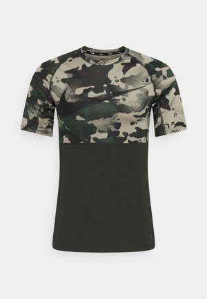 SLIM CAMO - T-shirt imprimé - sequoia/black