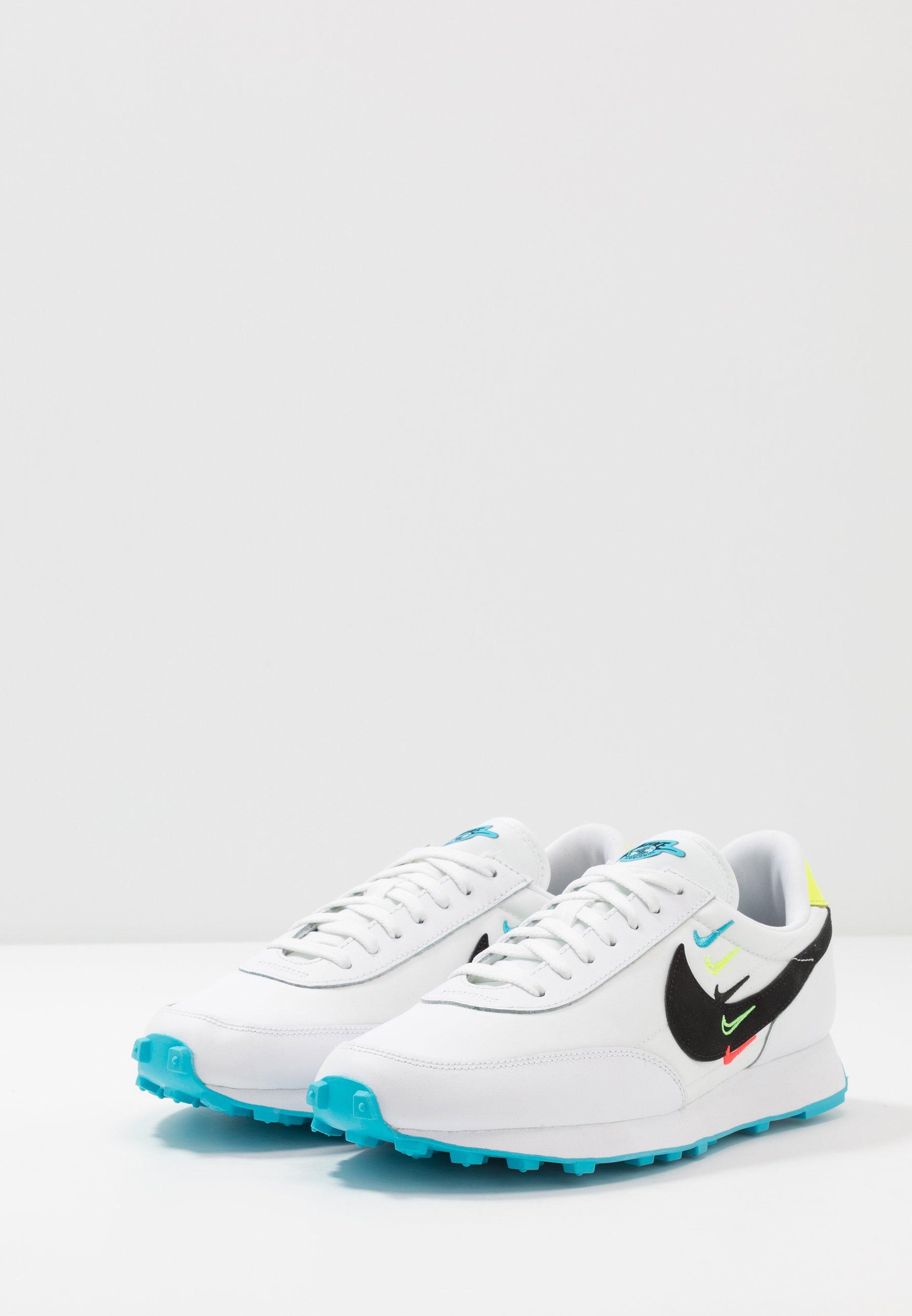 Nike Sportswear DAYBREAK - Trainers - white/black/blue fury/volt Women's Skate Shoes ozc2j