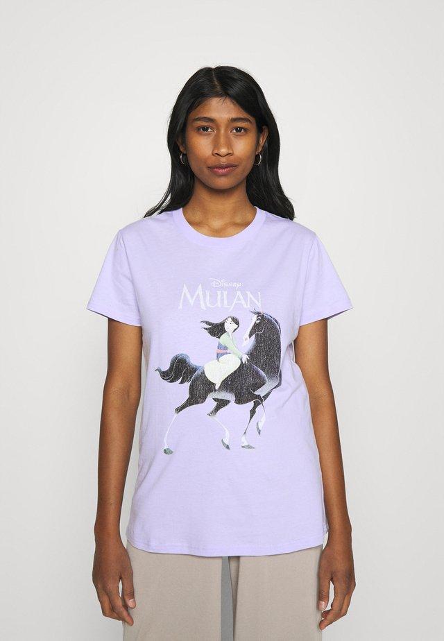 CLASSIC DISNEY - Print T-shirt - sheer lilac