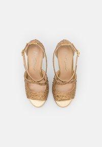 Blue by Betsey Johnson - SAGE - Korolliset sandaalit - gold - 5